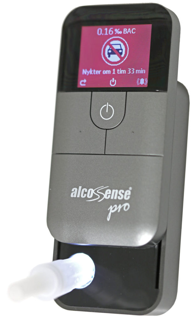 AlcoSense Pro visar resultatet av en blåsning med promillehalt, symboler och beräknad tillnyktringstid. Även bakgrundsfärgen skvallrar om resultatet gör det lämpligt att köra eller ej.
