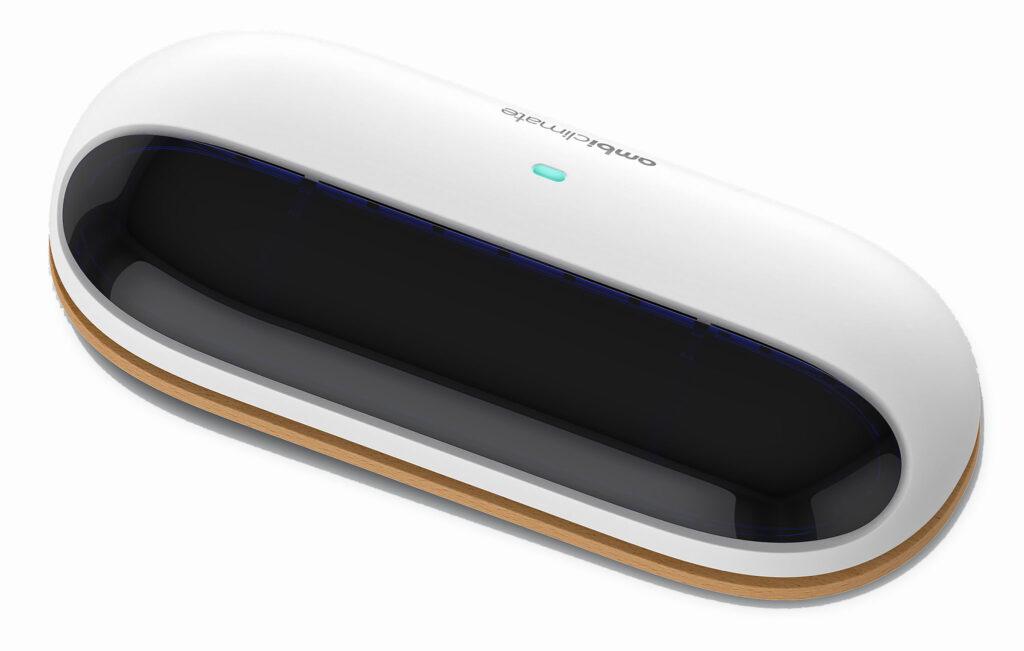 Ambi Climate är en smart, uppkopplad fjärrkontroll för värmepumpar som gör det möjligt att fjärrstyra värme och klimat på distans.