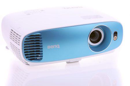 Benq TK800 är en ljusstarkare och mer flexibel hemmabioprojektor med UHD-upplösning som optimerats för fotboll.