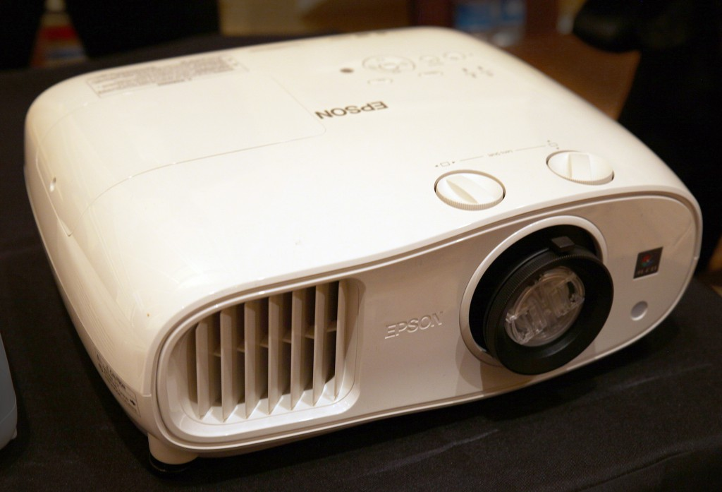 Epson PowerLite Home Cinema 600