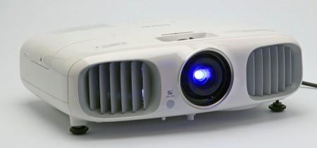 Epsons nya EH-TW6000W ger ljusstark 3D – trådlöst.