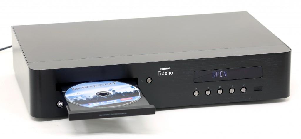 Philips Fidelio BDP9700 är Philips smartaste Blu-ray-spelare som dessutom kan en hel del egna konster.