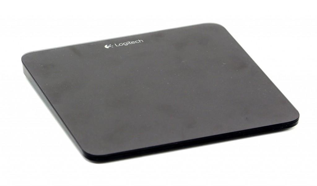 Logitech Wireless Rechargargeable Touchpad T650 funkar bäst till Windows 8, men kan även användas i Mac och med medieboxar med musstöd.