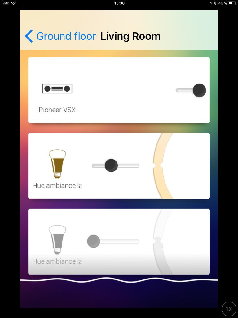 Den tredje typen av app till Homey är den som hämtas i Googles Play butik eller Apples App Store till din Smartphone och ger möjlighet att styra Homeys enheter. Man kan även röststyra Homey via telefonens mik.