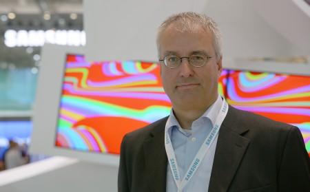 Magnus Nilsson, produktchef för tv på Samsung AB