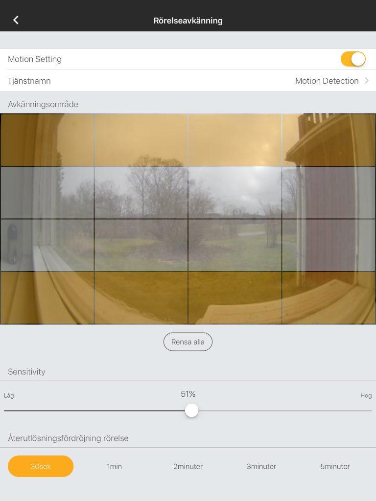 I Omnas egen app är möjligheterna lite större. Där kan man bland annat finjustera rörelseavkänningen med valda områden, känslighet och fördröjningar. Möjligheter som borde funnits i HomeKit från början.