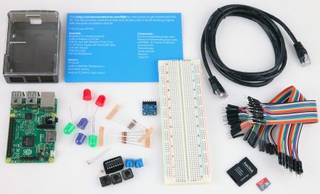 Förutom en Raspberry Pi 2 Modell B hittar du även allt som krävs för att koppla ihop datorn med externa kretskort som du bygger med de medföljande komponenterna. Anvisningar och program finns att hämta online.