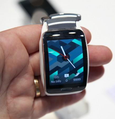 Samsung Gear S - med eget SIM-kort.