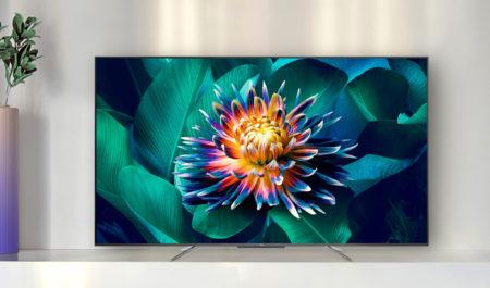 TCL:s 65QLED800 är en storbilds-tv i lågprissegmentet som är tillräckligt ljusstark och kontrastrik för att klara såväl ljusa dagar som mörka nätter i vardagsrummet.