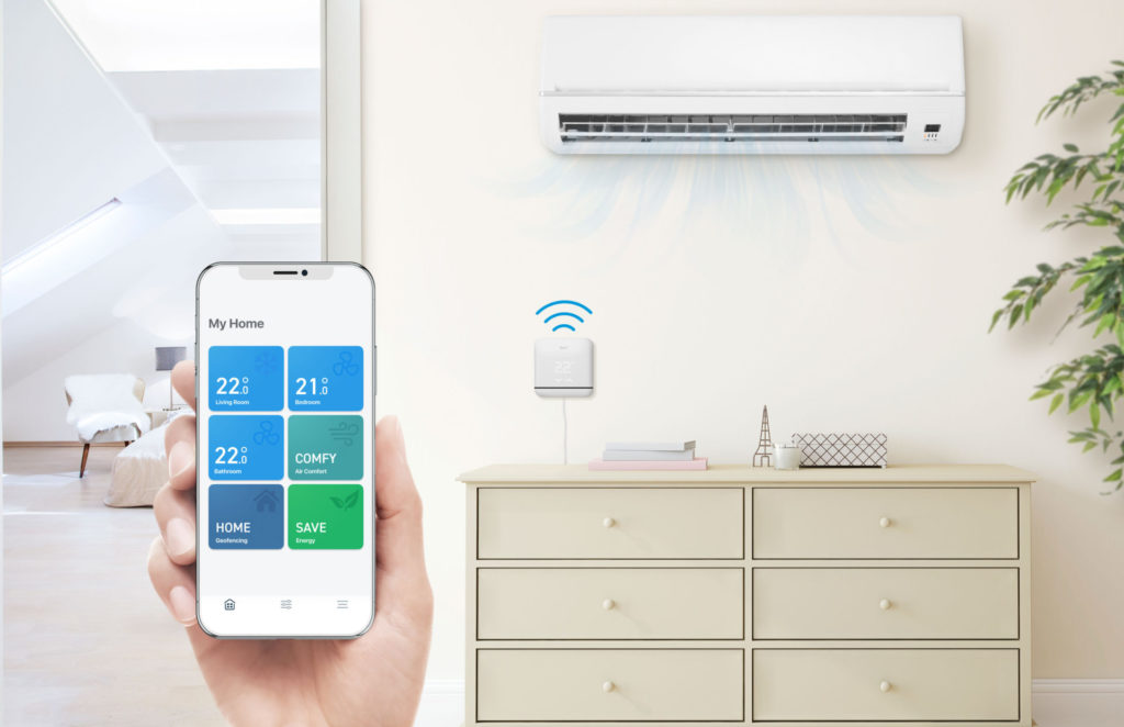 Tado Smart AC Control V3+ är en uppkopplad, smart och fjärrstyrbar kontroll för värmepumpar och A/C-anläggningar.