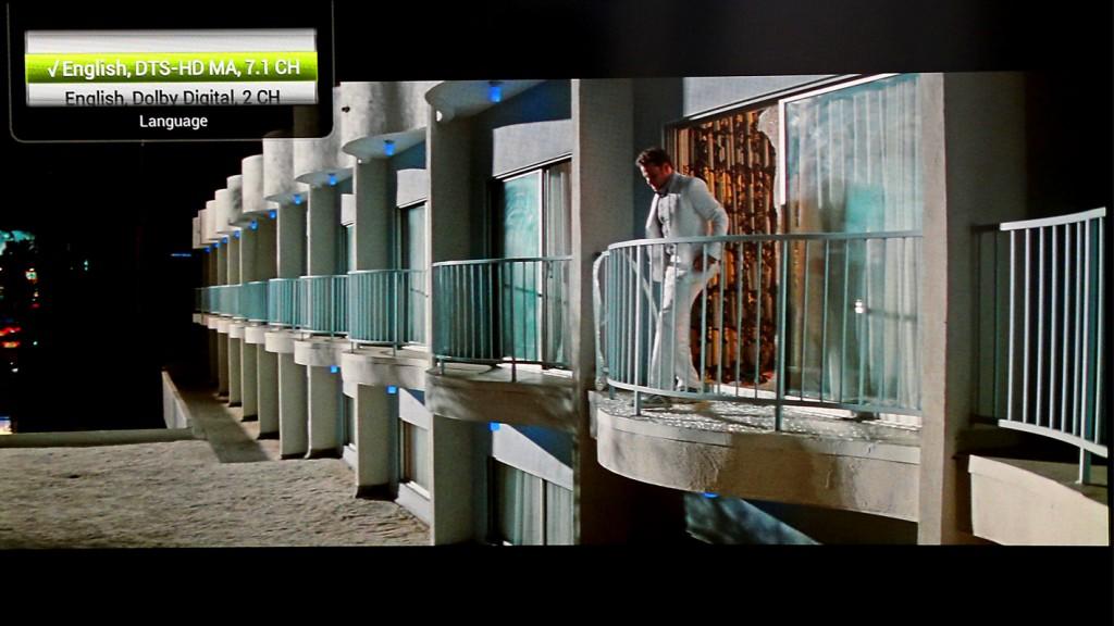 Tizzbird F13 har stöd för Dolby Digital 5.1, Dolby Digital Plus upp till 7.1, DTS Surround, DTS-HD Master Audio, Downmix och Pass-throu. Det pågår förhandlingar om licensavgift för Dolby True HD. Här visas ljudformatet i filmen Green Hornet på Blu-ray genom ett tryck på fjärrens röda knapp.