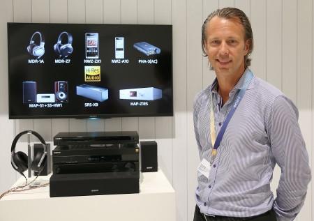 Torbjörn Sjöving, Sony, produktchef för audio i Norden.