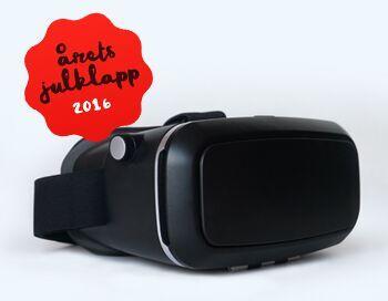 VR-glasögonen är Årets Julklapp 2016 − Även om VR-revolutionen inte är här fullt ut ännu är detta året då tekniken slog igenom, säger Lena Larsson VD på HUI Research. Årets Julklapp 2016 är en symbol för digitaliseringen och ny teknik kopplat till den starka upplevelsetrenden. Efterfrågan på VR-glasögon kommer sannolikt att explodera framöver i takt med att utbudet och användningsområdena ökar, enligt Handelns Utredningsinstitut som utser Årets julklapp.