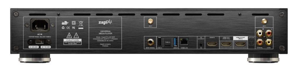 Japp – tre HDMI. En för ljud ut, en för video ut och en för video och ljud in som även kan användas för spela in HDMI-signaler upp till 1080p.