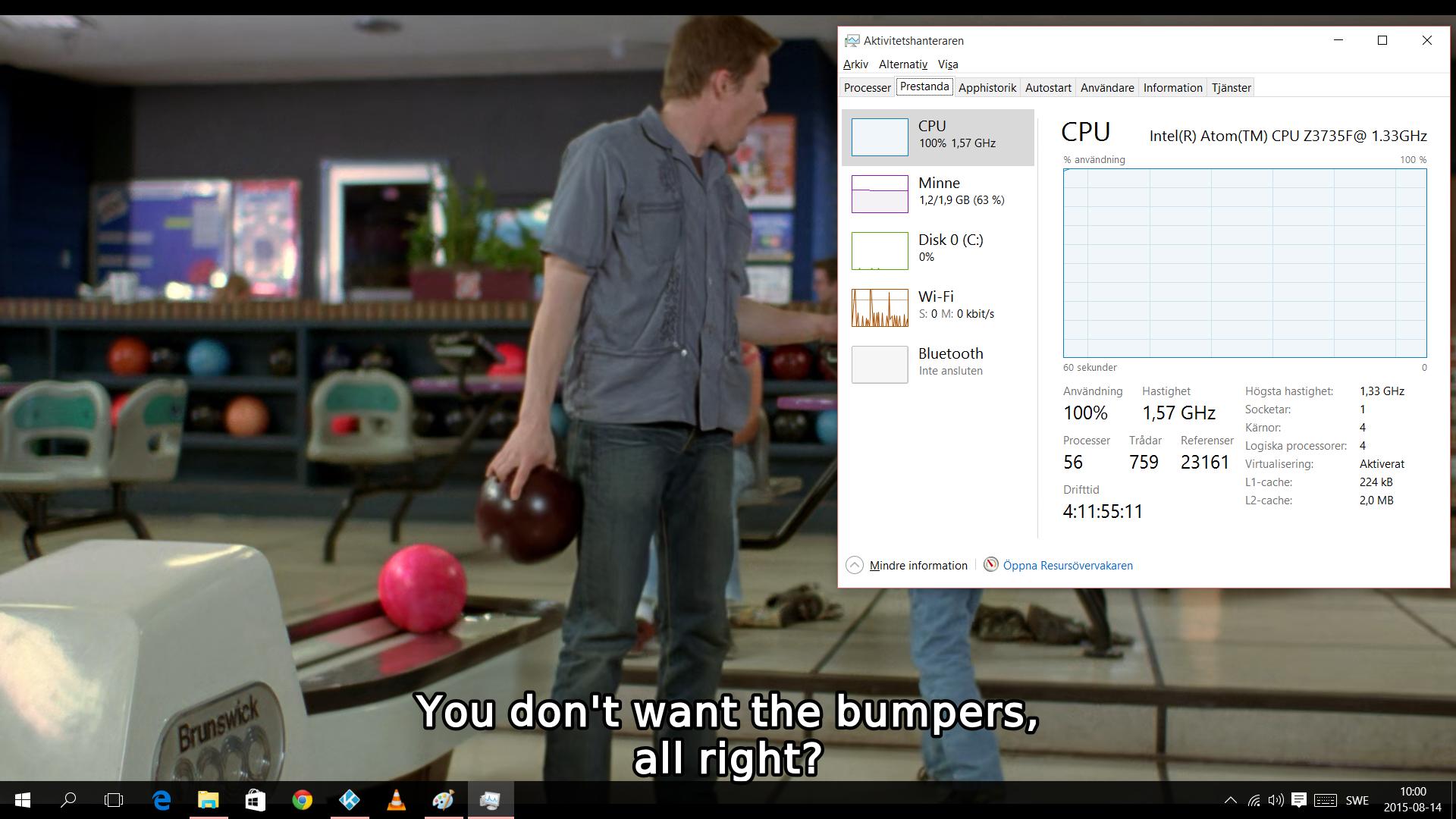 100 procent processorprestanda räcker inte riktigt till. HEVC-kodad film kan också spelas upp, men är så prestandakrävande att den lilla datorn inte klarar det utan att hacka en hel del.